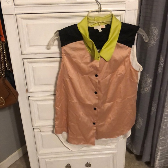 Gianni Bini Tops - Gianni Bini sheer tank top. Size medium